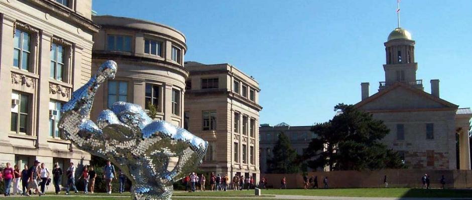 爱荷华大学全景图片