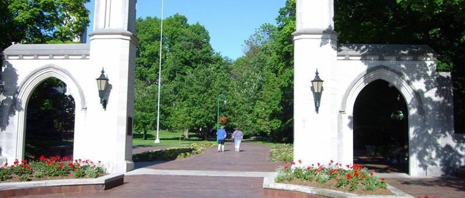 印第安纳大学布鲁明顿分校全景图片