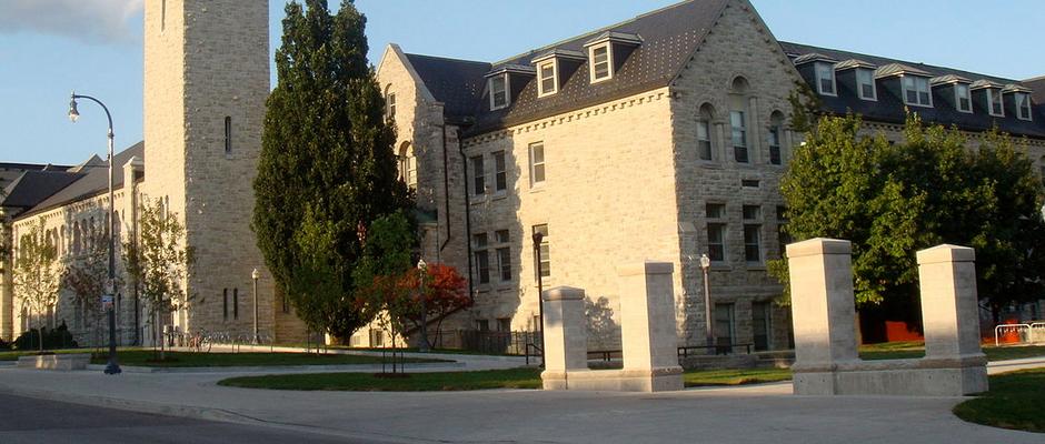 皇后大学全景图片