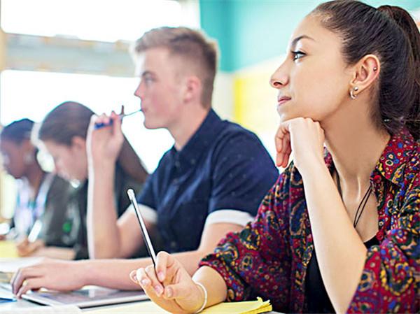 【托福考试入门知识】SAT和托福先应该先考哪个?