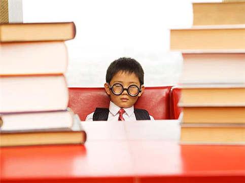 选择合适的论点论据、搞定SAT写作高分