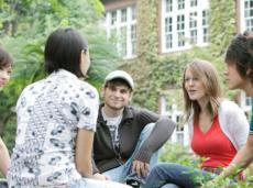 【畅聊雅思】出国留学雅思考试占绝对优势
