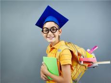 美国高校对新SAT写作的政策变化分析
