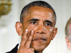 【雅思写作素材】犯罪与政府类话题解析--奥巴马含泪提案控枪