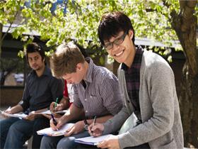 2016PayScale美国大学应届毕业生薪水排行榜