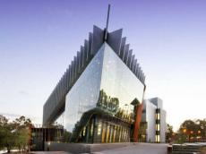 澳洲年度重点大学 迪肯大学成绩要求在这里