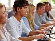 【GRE考试资讯】机考笔考相比较 机考流程必知道