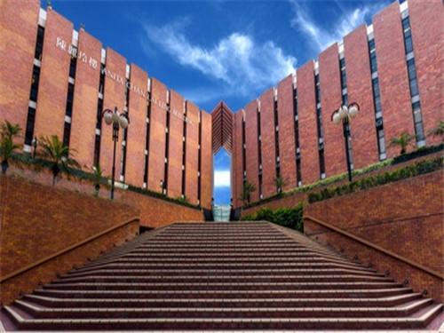 留学生最愉快留学院校排名 在这读书每天心情都是美美哒