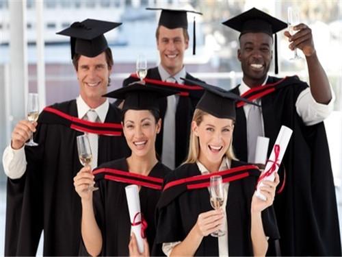 【高考后留学】美英加高校到底看中申请者什么品质?