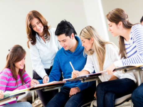 中国赴海外留学低龄化 已成大势所趋