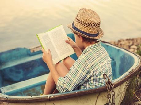 【SAT阅读资料推荐】三张图带你了解全美大学生们在读什么书