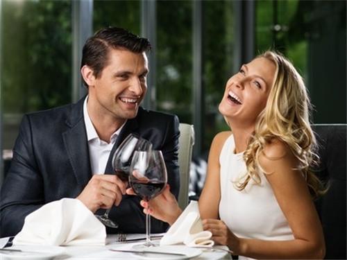 美国用餐最常用的英文短句 这样说才显得更有文化