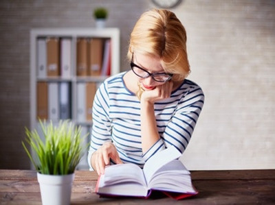 【答题攻略】新SAT阅读是先读文章还是先做题目?
