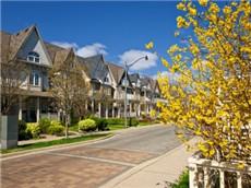 GRE经济类双语阅读 加拿大加收房产税炒房受挫