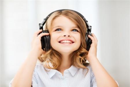 正是这4大辨音难题让你托福听力听不懂……