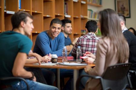 小站教育调研报告:学霸留学后的几种烦恼