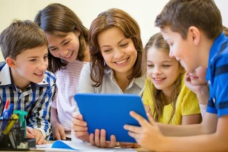 托福写作资料 万能素材父母对孩子的教育免费分享