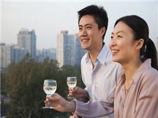 【每日晨读】经济学人GRE双语阅读 中国人喝酒越来越多需重视