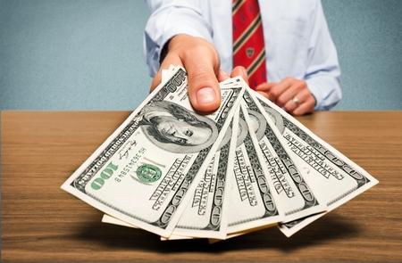 PayScale权威分析 美国30个待遇最低、就业压力最大的专业