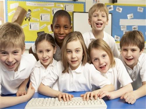 留学申请中不可或缺的活动 家长该如何为孩子规划