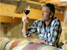 【每日晨读】经济学人GRE双语阅读 美国人的法国酿酒回忆录