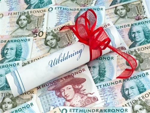 英国大学奇葩排行榜 哪个大学的伸手族跟爸妈要的钱多