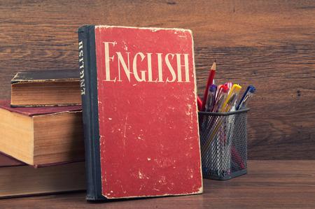 8本最适合学英语的原版小说 不容错过的经典