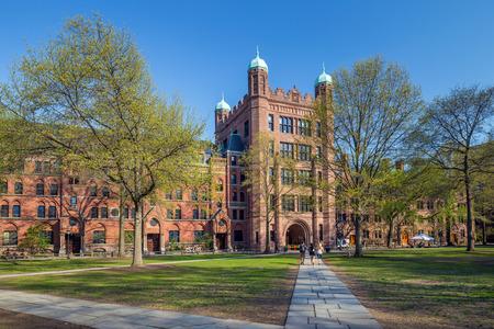 2018年美国TOP100学校托福成绩要求多少分?耶鲁大学托福成绩要求