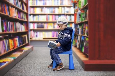 美国资源超丰富的公共图书馆系统 带不走就要好好利用