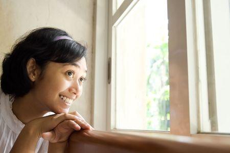 英国多所大学开设心理健康培训课 旨在改善学生精神压力