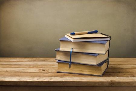 托福独立写作真题:了解跟你观点相反的人更重要 范文分享