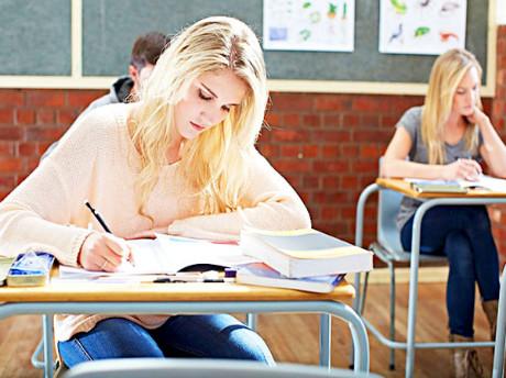 10月14日雅思写作真题范文:the purpose of education