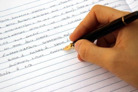 英语写作三大黄金法则 让你的写作更流畅