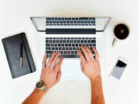 2017雅思写作Task2话题观点语料:远程办公的利弊