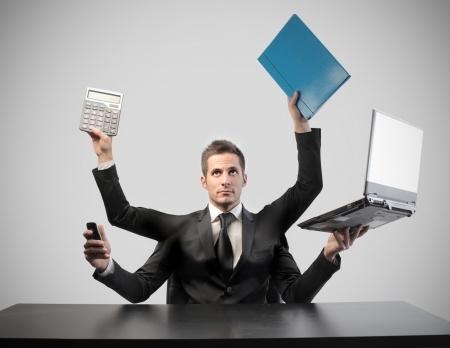 福布斯调查全美富豪的本科专业 答卷包含80多个不同专业