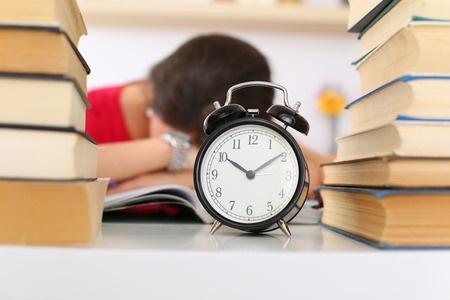 注意啦,2018英国硕士课程申请截止时间比往年提前了!
