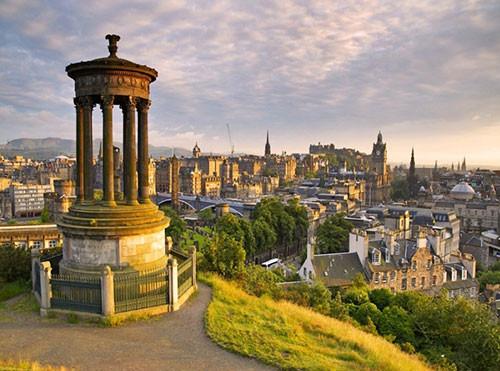 2018年爱丁堡大学16个热门专业推荐 含专业排名/录取条件/就业前景全解析(汇总更新中)