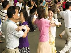 【每日晨读】经济学人GRE双语阅读 中国广场舞大妈扰民引关注