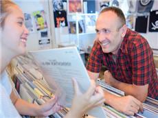 【每日晨读】经济学人GRE双语阅读 怀旧老唱片带来新商机