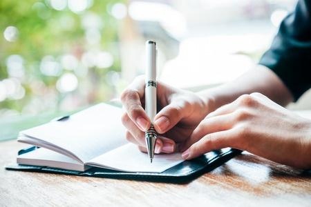 留学机构文书老师手把手教你写文书