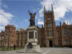 GRE经济学人原版双语阅读 英国高等教育欢迎私立大学