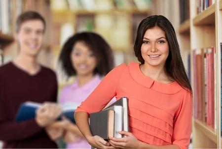 2018新加坡留学指南 申请助学金还能在坡县工作?