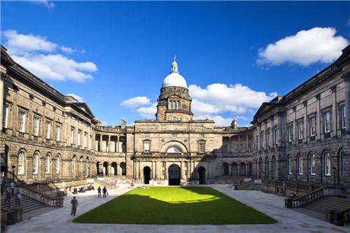 英国最能接受贫困学生的大学是它?