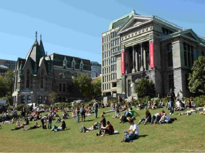 加拿大留学新闻类专业 六所院校推荐
