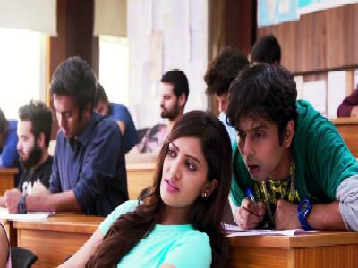 印度学校考试乱象横生 学生苦不堪言