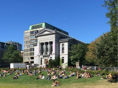 加拿大留学选校关键点 四个角度深入剖析