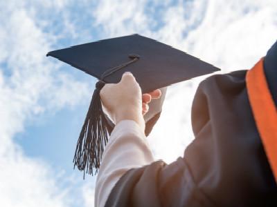 出国留学回国率连续7年上升 30-40岁海归增多