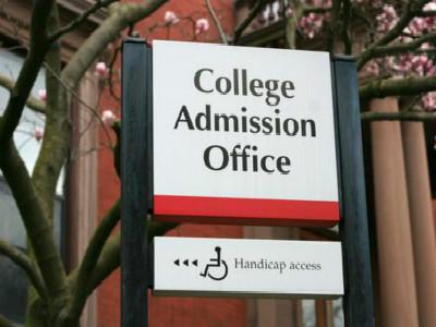 美国大学招生乱象 到底谁有资格进入顶尖名校