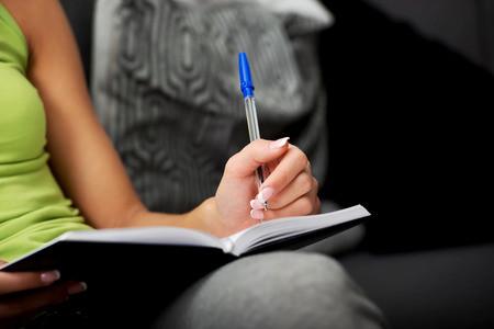 雅思写作高分范文:关于大学生就业难及其解题思路