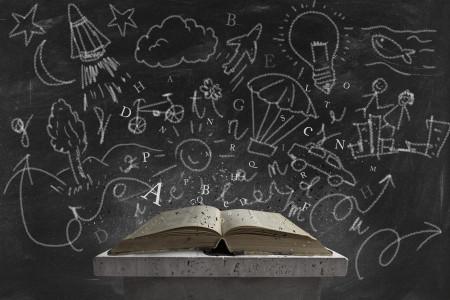 雅思写作满分范文丨新媒体的利与弊及其思路解析